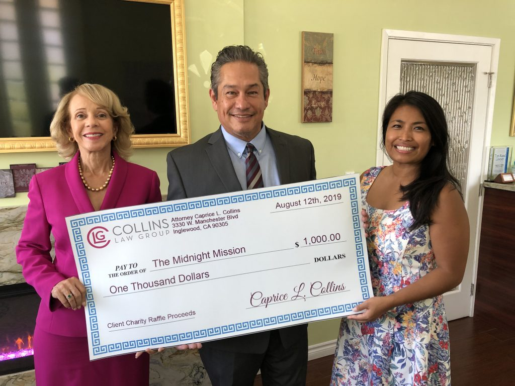 image COLLINS LAW GROUP MAKES DONATION TO HOMELIGHT FAMILY FACILITY